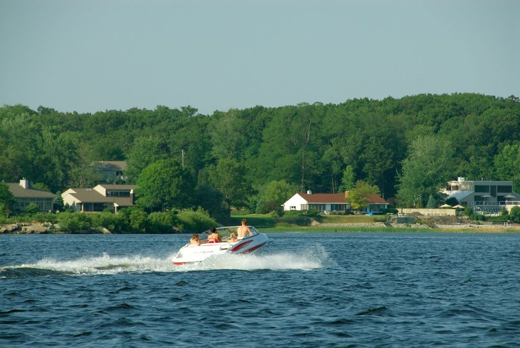 Pontoon 2 - Staying Safe on the Lake Boating Safety Tips